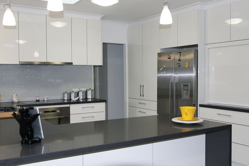 White Kitchen Black Benchtop gallery 2 - kitchens squared